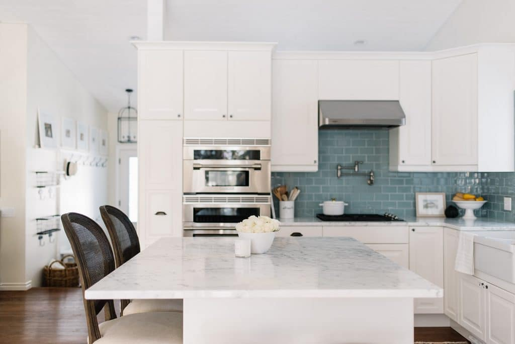 marble countertops in kitchens